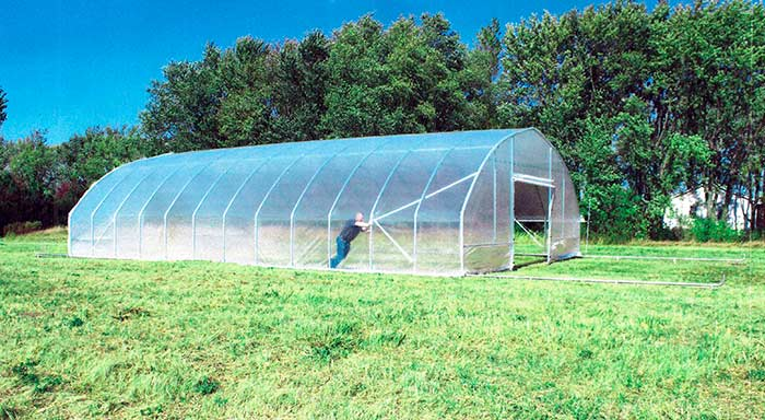 The Traveller, a movable high tunnelo greenhouse.